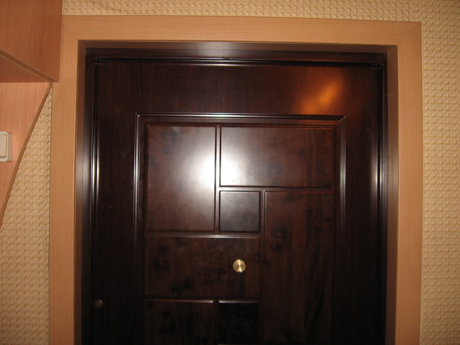 лучший материал для изготовления входных дверей